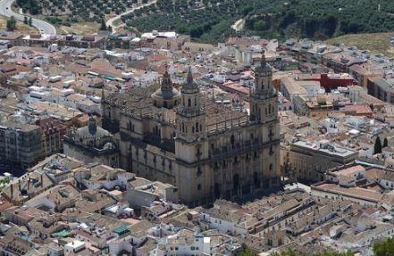 destrucción de documentos en Jaén